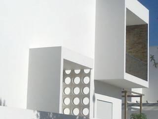 Casa Brandão por Leonor da Costa Afonso Minimalista