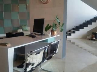 Showroom : Oficinas de estilo minimalista por Grupo Cretto, C.A