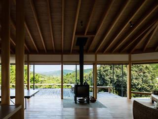 现代客厅設計點子、靈感 & 圖片 根據 神家昭雄建築研究室 現代風