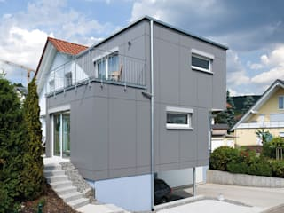 Prefabricated home by KitzlingerHaus GmbH & Co. KG, Modern