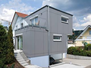 KitzlingerHaus GmbH & Co. KG Dom prefabrykowany Deski kompozytowe Szary