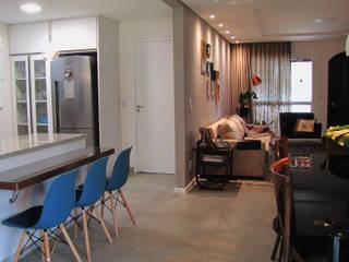 Retrofit de residência com mais de 30 anos Salas de jantar ecléticas por PANORAMA Arquitetura & Interiores Eclético