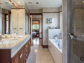Salle de bain moderne par CCVO Design and Staging Moderne