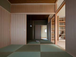HO邸改修 モダンデザインの 多目的室 の 高野俊吾建築設計事務所 モダン