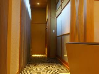 時空を超えて 繋がる リノベーション ~本格日本家屋の再生~ モダンスタイルの 玄関&廊下&階段 の 株式会社ヴェルディッシモ モダン