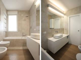 Ristrutturazione in Provincia di Monza e Brianza : Bagno in stile  di JFD - Juri Favilli Design
