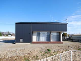 粕川の家 の 熊倉建築設計事務所 モダン