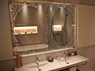 Alguacil & Perkoff Ltd. Ванна кімнатаДзеркала Скло