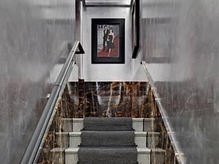 Pasillos, vestíbulos y escaleras modernos de MARÇAL Moderno