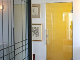 Golden glass door with bespoke pattern by Alguacil & Perkoff Ltd. Modern