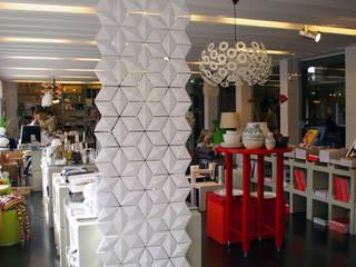 GORGEOUS WHITE SCREEN ROOM DIVIDER de Bloomming Moderno