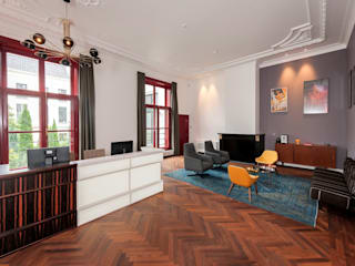 various interior projects: moderne Woonkamer door Lozinski Architecten
