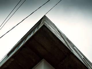 Consultorio M: Estudios y oficinas de estilo  por Taller 503 / Diseños y proyectos Arquitectónicos, SA de CV
