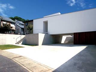 外観: 小島光晴建築設計事務所が手掛けた一戸建て住宅です。