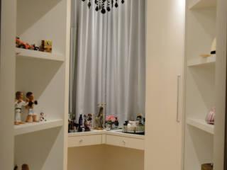 closet por ELEVO ARQUITETURA