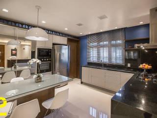 cozinha integrada sala de jantar por ELEVO ARQUITETURA