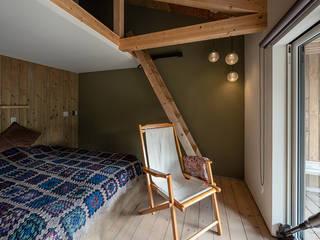 ATELIER O2 Camera da letto moderna Verde