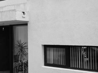 CASA NJ: Casas unifamiliares de estilo  por PARAMENTO