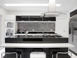Cozinha: Cozinhas  por MONICA SPADA DURANTE ARQUITETURA