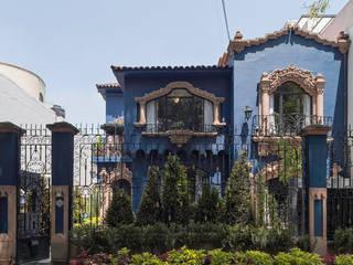 Casas de estilo moderno por Germán Velasco Arquitectos