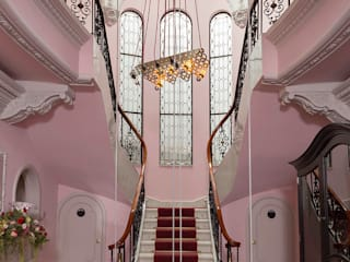 Pasillos y vestíbulos de estilo  por Germán Velasco Arquitectos