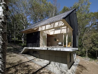 Maisons de campagne de style  par 桑原茂建築設計事務所 / Shigeru Kuwahara Architects, Scandinave