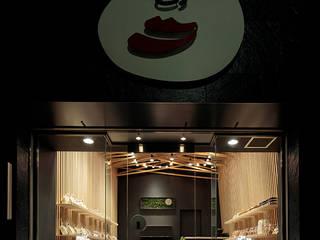 محلات تجارية تنفيذ 稲山貴則 建築設計事務所, أسيوي