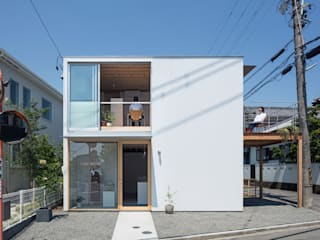 gré・正方形の家: すずきが手掛けた木造住宅です。