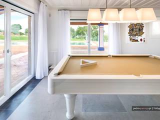 Salas / recibidores de estilo  por Pedro Queiroga | Fotógrafo