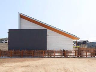 STaD(株式会社鈴木貴博建築設計事務所) Tropische Häuser