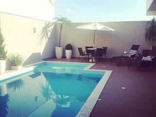Carla Monteiro Arquitetura e Interiores Pool