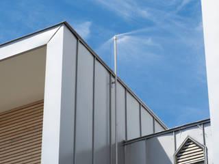 FRNF: アトリエモノゴト 一級建築士事務所が手掛けたリゾートハウスです。,