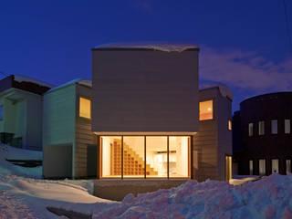 やじるしの家: アトリエモノゴト 一級建築士事務所が手掛けた家です。,