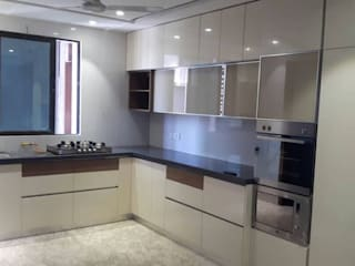 Modular Kitchen:  Kitchen units by Oberon Kitchens