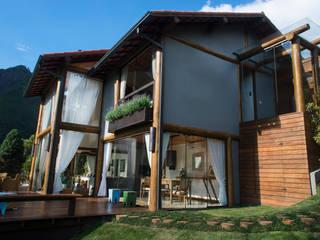 Giselle Wanderley arquitetura Rumah Gaya Country Kayu Grey