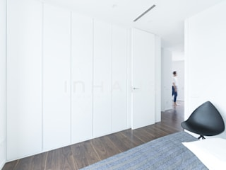 Modern style bedroom by Casas inHAUS Modern