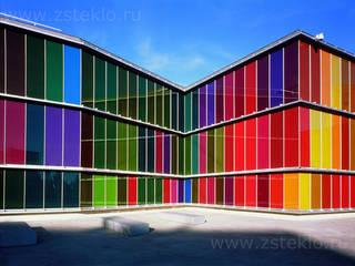 Oficinas y tiendas de estilo moderno de Zстекло Moderno