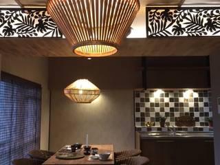 Small kitchens by 株式会社KIMURA  bi-Art, Modern