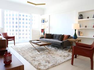 Modern living room by B Squared Design Ltd. Modern