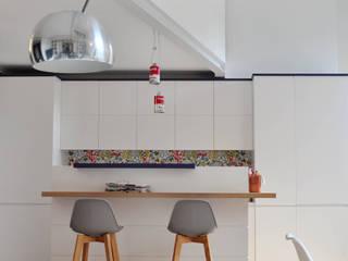 Galileo Ferraris Cucina moderna di G*AA - Giaquinto Architetti Associati Moderno