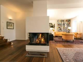 Umbau/Sanierung Villa S:  Wohnzimmer von INARCH Sabine Schimanofsky