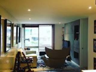 Apartamento Bogota: Salas de estilo  por Heritage Design Group, Minimalista