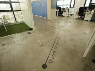 브레인즈스퀘어 사옥인테리어: (주)바오미다의  서재 & 사무실
