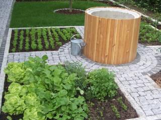 Garten-Landschaftsbau Hierreth-Felser GmbH Country style garden