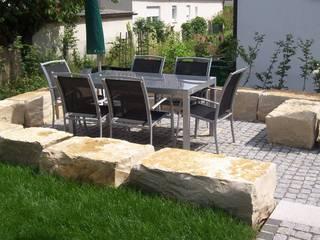 Garten-Landschaftsbau Hierreth-Felser GmbH Jardines de estilo mediterráneo