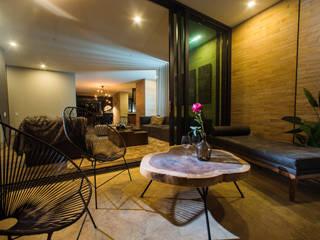 Balcones y terrazas modernos de Munera y Molina Moderno