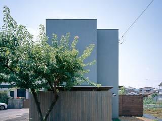 にびいろの舎: akimichi designが手掛けた現代のです。,モダン