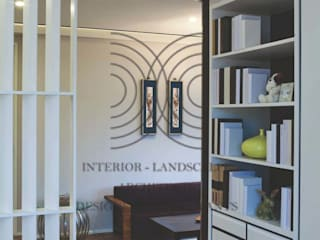 大真室內裝修設計有限公司 Camera da letto minimalista Legno massello Nero