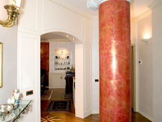 VENEZIA | RESIDENZA IN CENTRO STORICO: Ingresso & Corridoio in stile  di ADIdesign*  studio