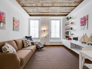 Гостиная в стиле модерн от Luca Tranquilli - Fotografo Модерн